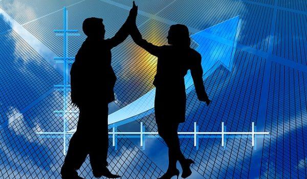Tips To Overcome A Financial Crisis